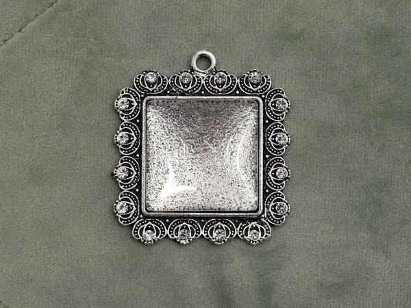 Glascabochon quadr., silber, Strass-Rahmen gezackt