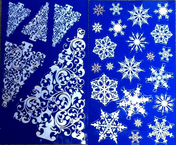 """Fensterdekoration """"Tannenbäume und Schneeflocken"""""""