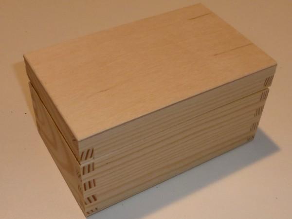 Holzkiste 8 x 15,3 x 9,5 cm