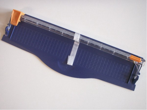 Paper Trimmer / Papierschneider